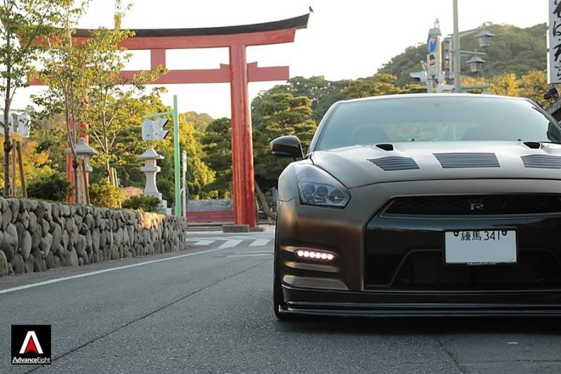 Advance Eight Nissan GT-R HRE Classic 300 Tuning (11)