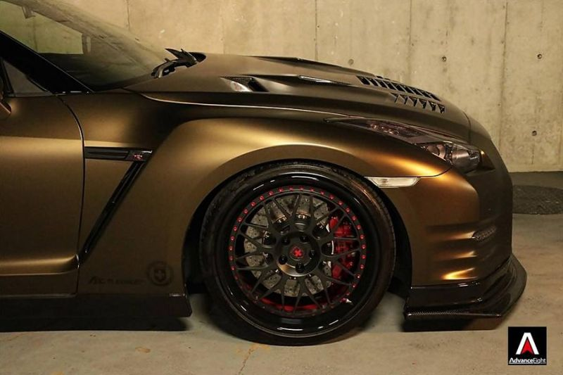 Advance Eight Nissan GT-R HRE Classic 300 Tuning (5)