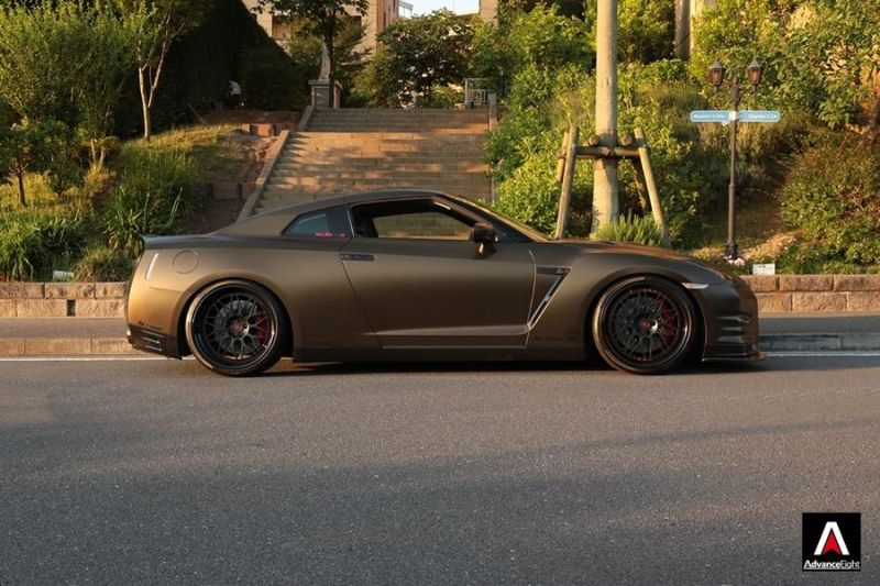 Advance Eight Nissan GT-R HRE Classic 300 Tuning (6)