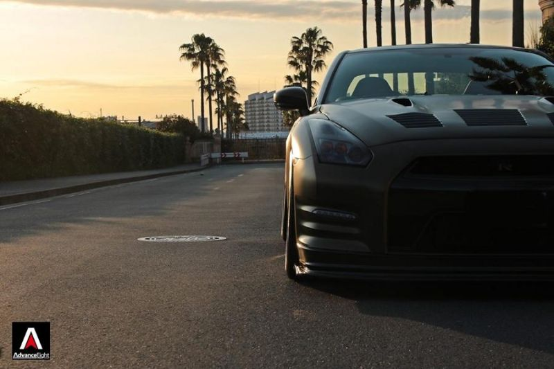 Advance Eight Nissan GT-R HRE Classic 300 Tuning (7)