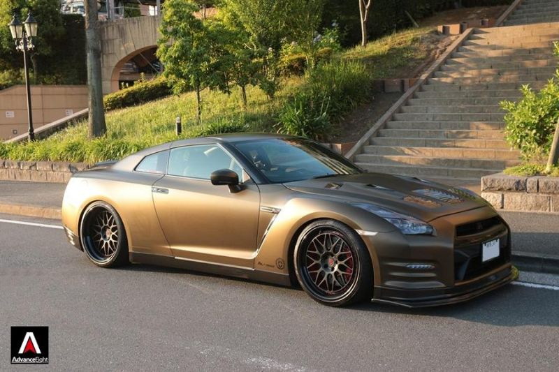 Advance Eight Nissan GT-R HRE Classic 300 Tuning (9)