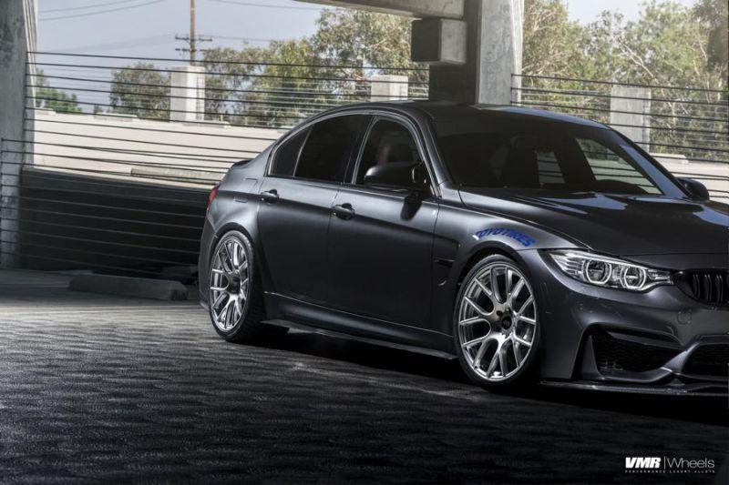 BMW M3 F80 in Mineralgrau VMR V810 Alufelgen Tuning (6)