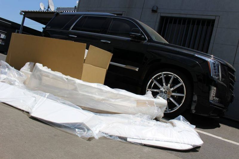 Calwing Body Kit 26 Zoll Forgiato Wheels Alufelgen Cadillac Escalade Tuning 2 Calwing Body Kit & 26 Zoll Alufelgen am Cadillac Escalade