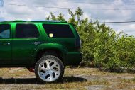Kandy Green Candygreen Chevrolet Tahoe Forgiato Wheels 10 190x127 Darfs etwas mehr sein? Chevrolet Tahoe von Forgiato Wheels
