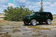 Kandy Green Candygreen Chevrolet Tahoe Forgiato Wheels 6 190x127 Darfs etwas mehr sein? Chevrolet Tahoe von Forgiato Wheels