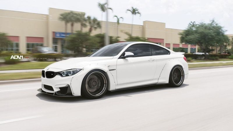Liberty Walk BMW M4 F82 20 Zoll ADV.1 ADV05 Tuning 4