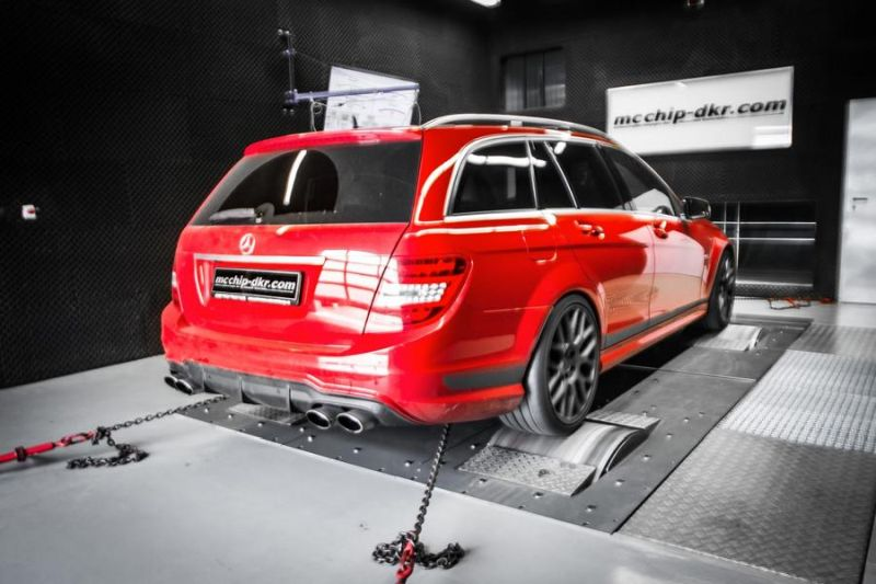 Mercedes C63 AMG (W204) Edition 507 557PS Mcchip-DKR Chiptuning (6)