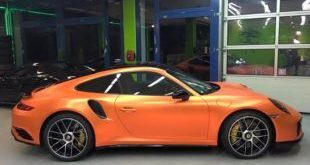 Orange Chrome Porsche 911 Turbo Mk II by Print Tech Tuning 1 1 e1465273066185 310x165 Porsche Panamera Turbo mit Folierung in Aluminium metallic matt
