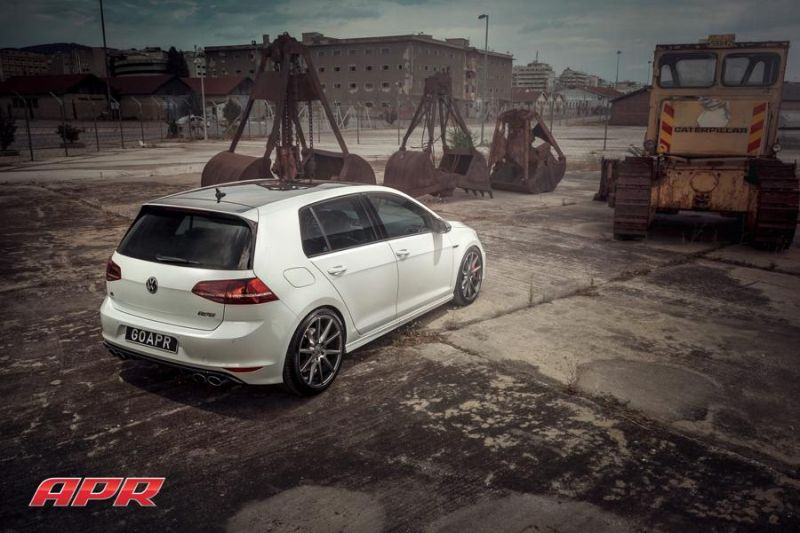 APR LLC APR Performance VW Golf R MK7 Tuning Vossen Alu's 4 APR LLC (APR Performance) VW Golf R MK7 auf Vossen Alu's