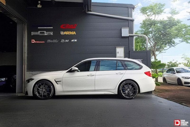 A Perfect Fit Bmw 3er F31 320d On 19 Inch M52r Wheels