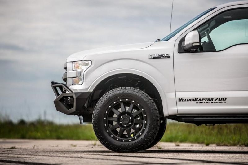 Hennessey Velociraptor 700 Ford F-150 Pickup tuning 25 years (11)