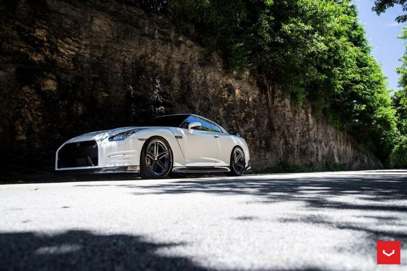 Vossen Wheels VFS 5 white Nissan GT R Black Edition Tuning VFS5 1 Vossen Wheels VFS 5 am weißen Nissan GT R Black Edition
