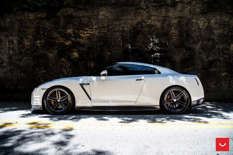 Vossen Wheels VFS-5 white Nissan GT-R Black Edition Tuning VFS5 (2)