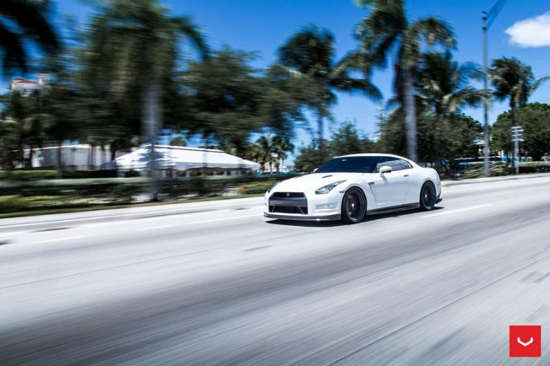 Vossen Wheels VFS 5 white Nissan GT R Black Edition Tuning VFS5 4 Vossen Wheels VFS 5 am weißen Nissan GT R Black Edition