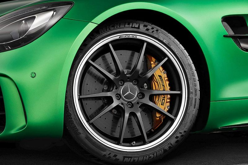 585PS Mercedes-AMG GT R (GTr) Green Hell Magno Tuning (5)