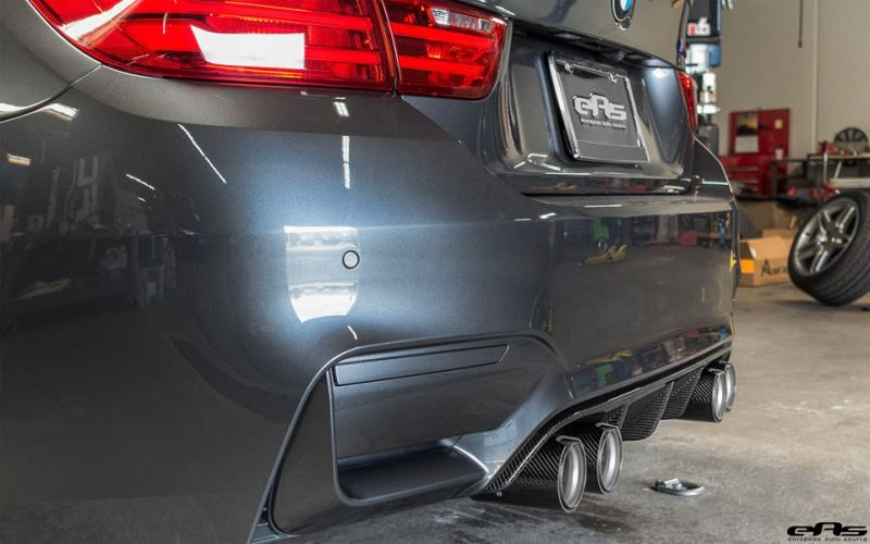 BMW M4 F82 Coupe Competition Package Tuning EAS Mineralgrau (14)