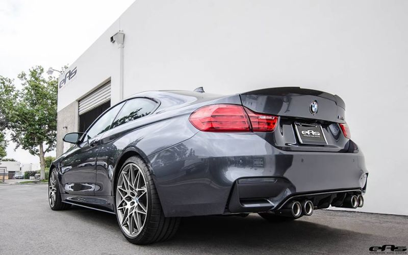 BMW M4 F82 Coupe Competition Package Tuning EAS Mineralgrau (7)