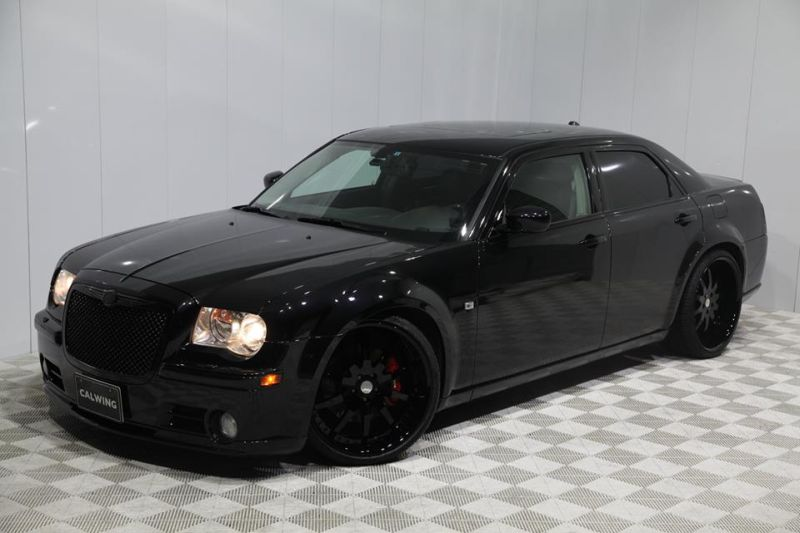fotostory schwarz wie die nacht chrysler 300c srt8 by calwing. Black Bedroom Furniture Sets. Home Design Ideas