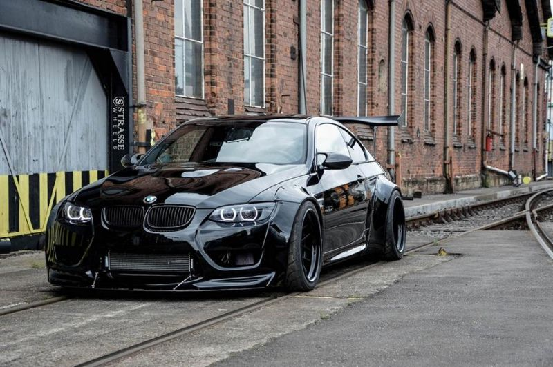 Liberty Walk BMW E92 M3 Kompressor Strasse Wheels SM7 Kompressor Tuning (8)