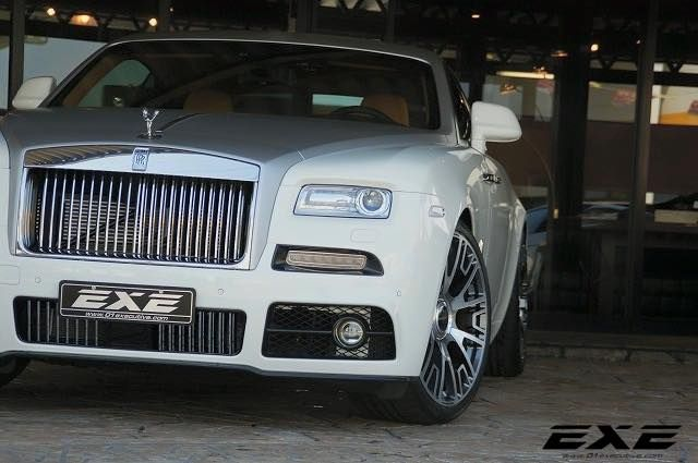 Mansory Rolls Royce Wraith Tuning 01Executive EXE 1 Fotostory: 2 x Mansory Rolls Royce Wraith by 01Executive (EXE)