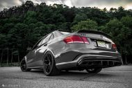 Mercedes Benz E63 AMG W212 Tuning HRE R101 4 190x127 Potente Limo   Mercedes Benz E63 AMG auf HRE R101 Alufelgen