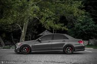 Mercedes Benz E63 AMG W212 Tuning HRE R101 7 190x127 Potente Limo   Mercedes Benz E63 AMG auf HRE R101 Alufelgen