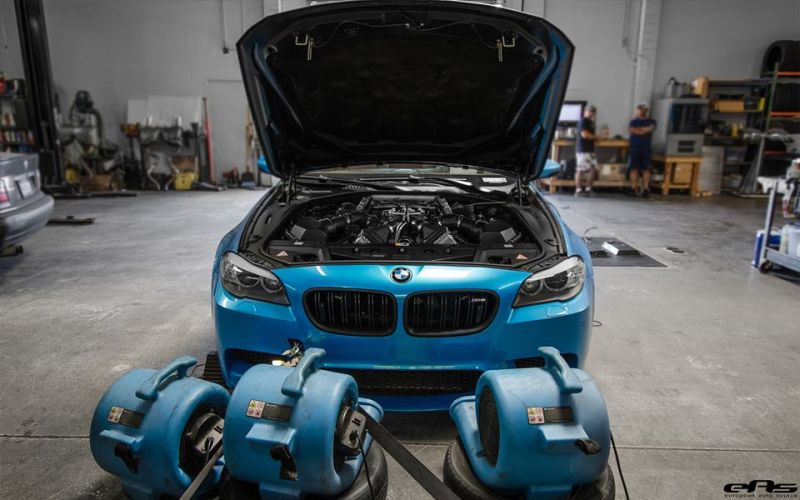 Pearlescent Bahama Blue BMW M5 F10 Tuning 2016 EAS (7)