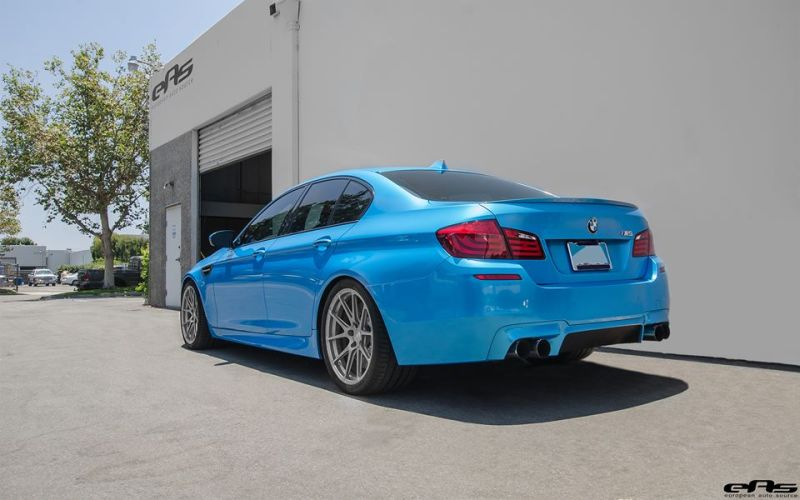 Pearlescent Bahama Blue BMW M5 F10 Tuning 2016 EAS (9)