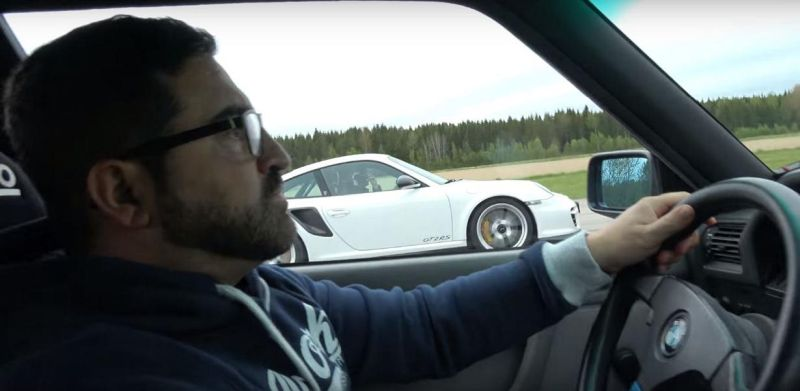 Porsche 911 GT2 RS Dragerace Tuning BMW M3 E30 V10 S85  (1)