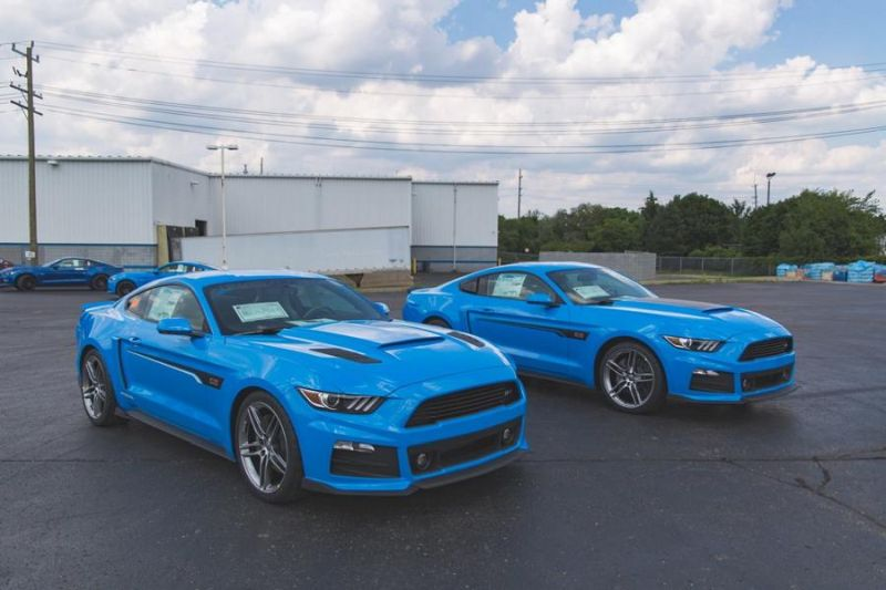 Roush Performance Ford Mustang RS 1 RS 2 RS 3 Blau Tuning 2017 3 Fotostory: 2 x Roush Performance Ford Mustang's in Blau