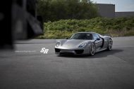 SR Auto Group Porsche 918 Spyder PUR RS23.M2 Tuning 6 190x127 Passt perfekt   SR Auto Group Porsche 918 Spyder auf PUR RS23.M2 Alu's
