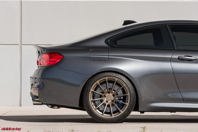Vivid Racing BMW M4 F82 BC Forged Wheels RS43 Chiptuning (9)