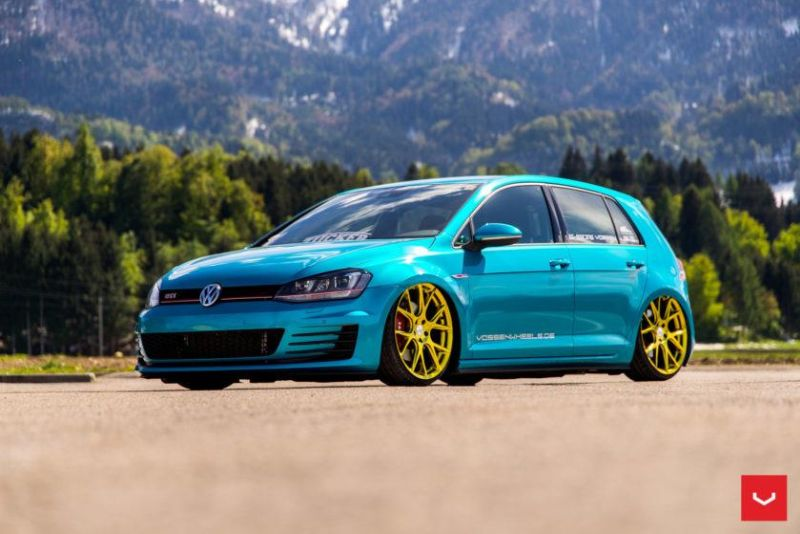 Volkswagen-GTI-MK7-VFS-6-Gold-Tuning-Airrex-Wrap-Folierung- Vossen-Wheels (36)