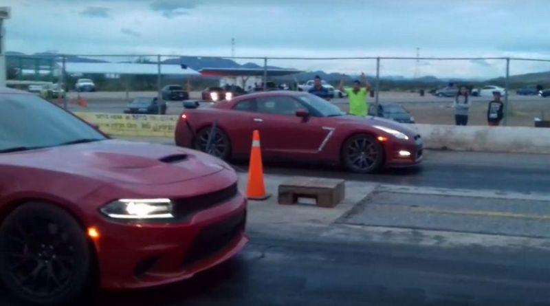 dodge-charger-hellcat-vs-nissan-gt-r-1