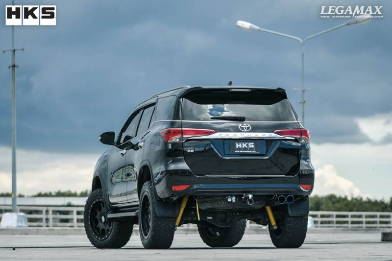 HKS – Thailand Co.,ltd. – Toyota Fortuner W-Tail Tuning (3)