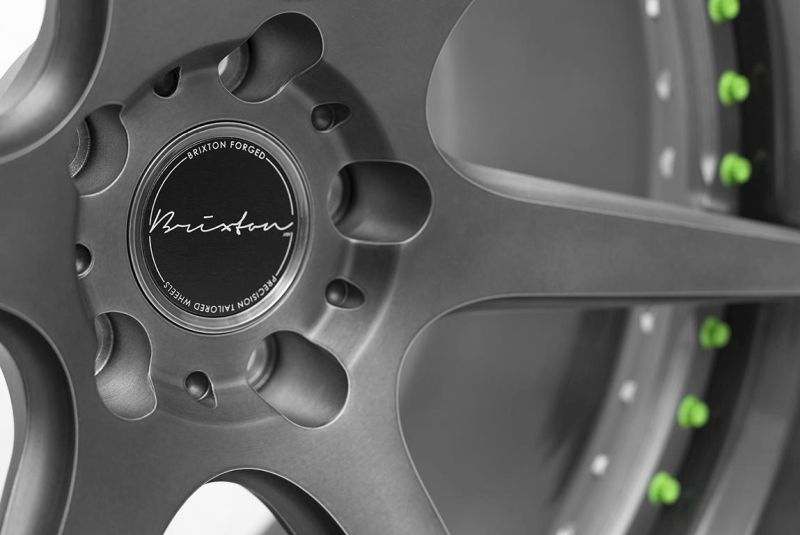 "Lamborghini Hurancan LP610-4 on 20"" brixton forged s60 targa series 3 piece concave forged wheels finished in brushed smoke black with green calipers"