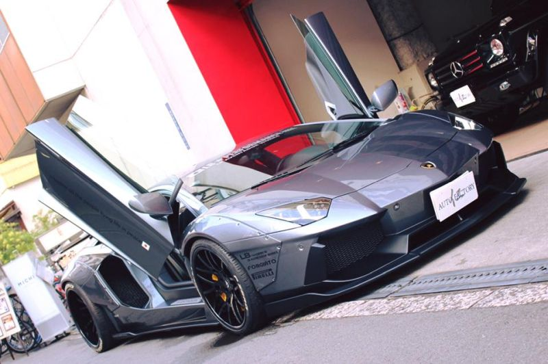 Liberty Walk Lamborghini Aventador forgiato Tuning 1 Video: Soundcheck   Liberty Walk Lamborghini Aventador