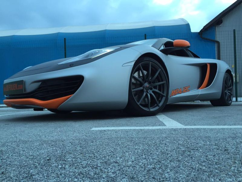 mclaren-mp4-12c-wrap-folierung-tuning-15
