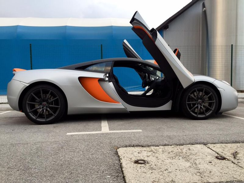 mclaren-mp4-12c-wrap-folierung-tuning-33