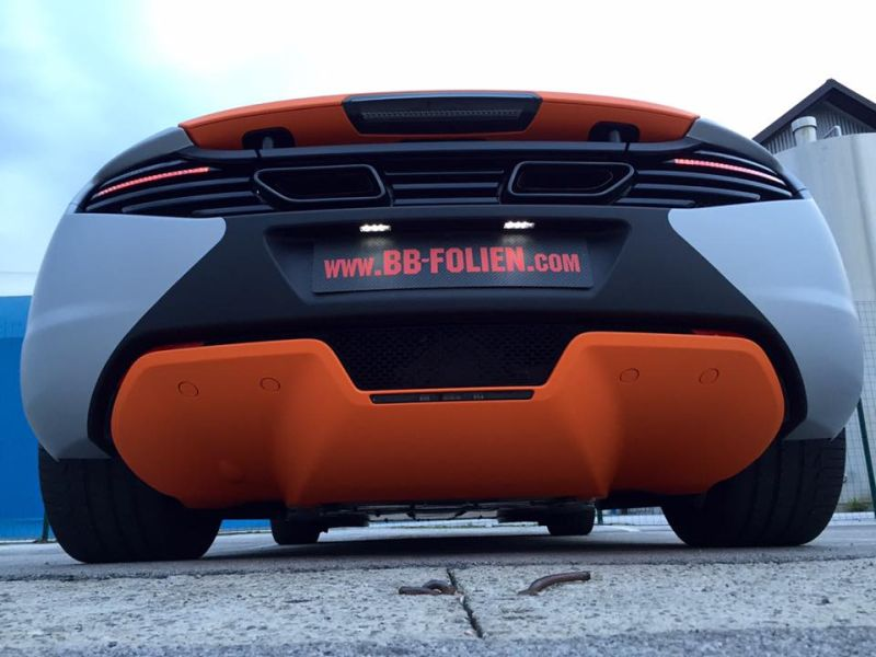 mclaren-mp4-12c-wrap-folierung-tuning-5