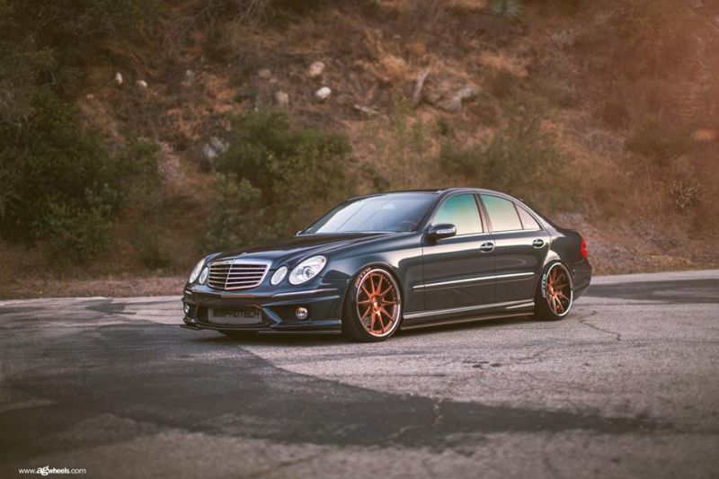 Mercedes benz e55 amg on avant garde f420 wheels for Mercedes benz e 55 amg