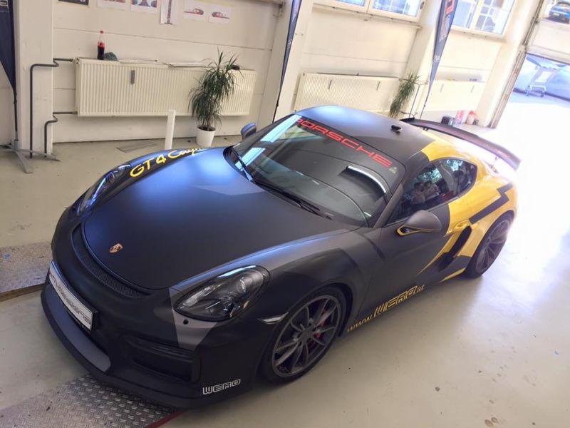 Porsche Cayman GT4 Folierung Wrap Tuning 2M Design 1 Fotostory: Porsche Cayman GT4 mit Folierung von 2M Design