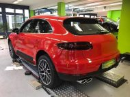 Print Tech Porsche Macan Vollfolierung Racing Red Uni Tuning 3 190x143 Print Tech Porsche Macan mit Vollfolierung in Racing Red Uni