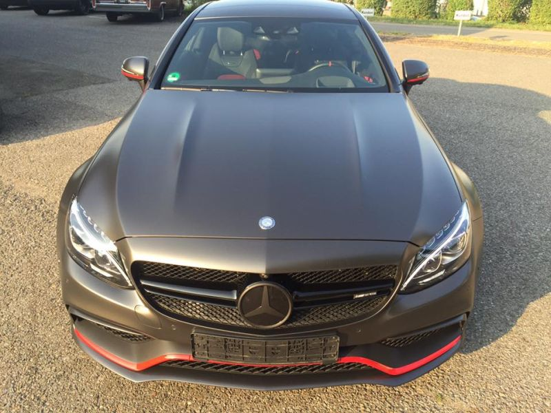 tuning-mercedes-amg-c63-s-coupe-satin-pearl-nero-3