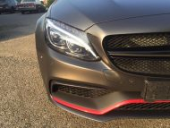 Tuning Mercedes AMG C63 S Coup%C3%A9 Satin Pearl Nero 8 190x143 Dezentes Kleid   Mercedes AMG C63 S Coupé in Satin Pearl Nero