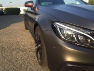 Tuning Mercedes AMG C63 S Coupé Satin Pearl Nero 9 190x143 Dezentes Kleid   Mercedes AMG C63 S Coupé in Satin Pearl Nero
