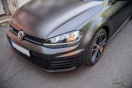 VW Golf MK7 Variant Satin Pearl Nero Tuning 2 190x127 Trendsetter   VW Golf MK7 Variant in Satin Pearl Nero by CMD