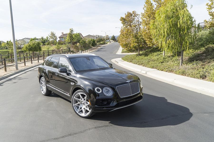 24-zoll-forgiato-turni-m-felgen-tuning-bentley-bentayga-3