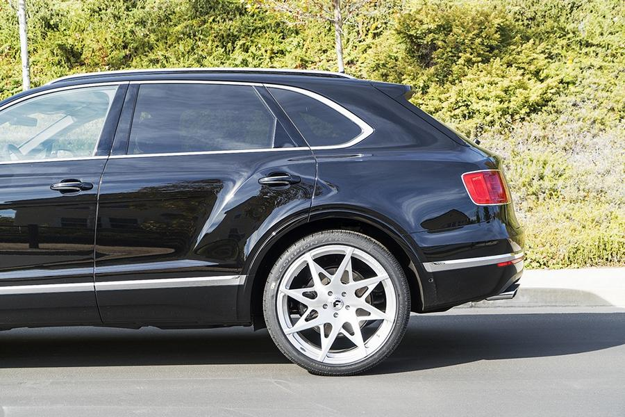24-zoll-forgiato-turni-m-felgen-tuning-bentley-bentayga-7