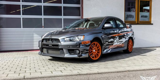 Neuer Look – Mitsubishi EVO X im Puddle of Racing Design